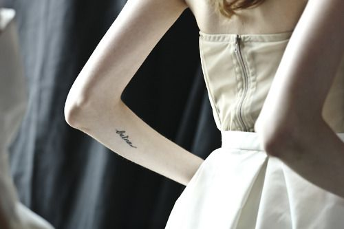 Delicate tattoo. I like this placement.