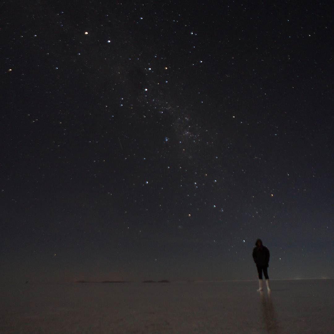 Shared by maddthenomad #astrophotography #contratahotel (o) http://ift.tt/1RbVRBh milky way #milkyway  #stars #madeofstars #lookingatthebeginning #uyuni #uyunisaltflats #bolivia #southamerica   #travelgram #travelphotography #nightphotography #night #bigbang #illuminate #adventure #backpacking #salardeuyuni #salar #livingthedream #dreamy #LP #livingroom #starlight #landscapes #illusion #twatwellies