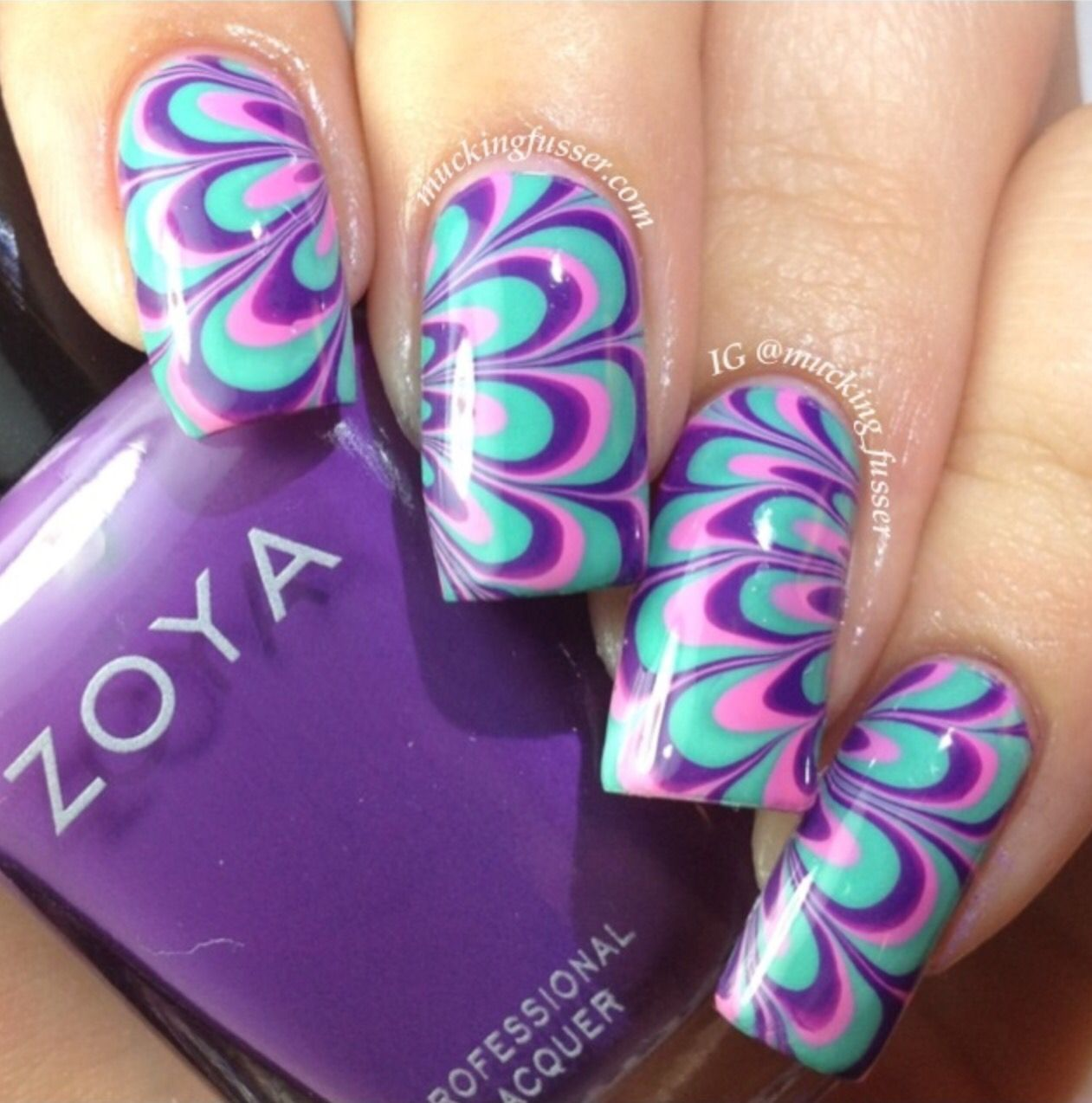 Water Marble Are Sometimes Hard Or Easy But It S Worth Trying Because It Always Turn Out Beautiful A Water Nail Art Marble Nail Designs Simple Nail Art Designs