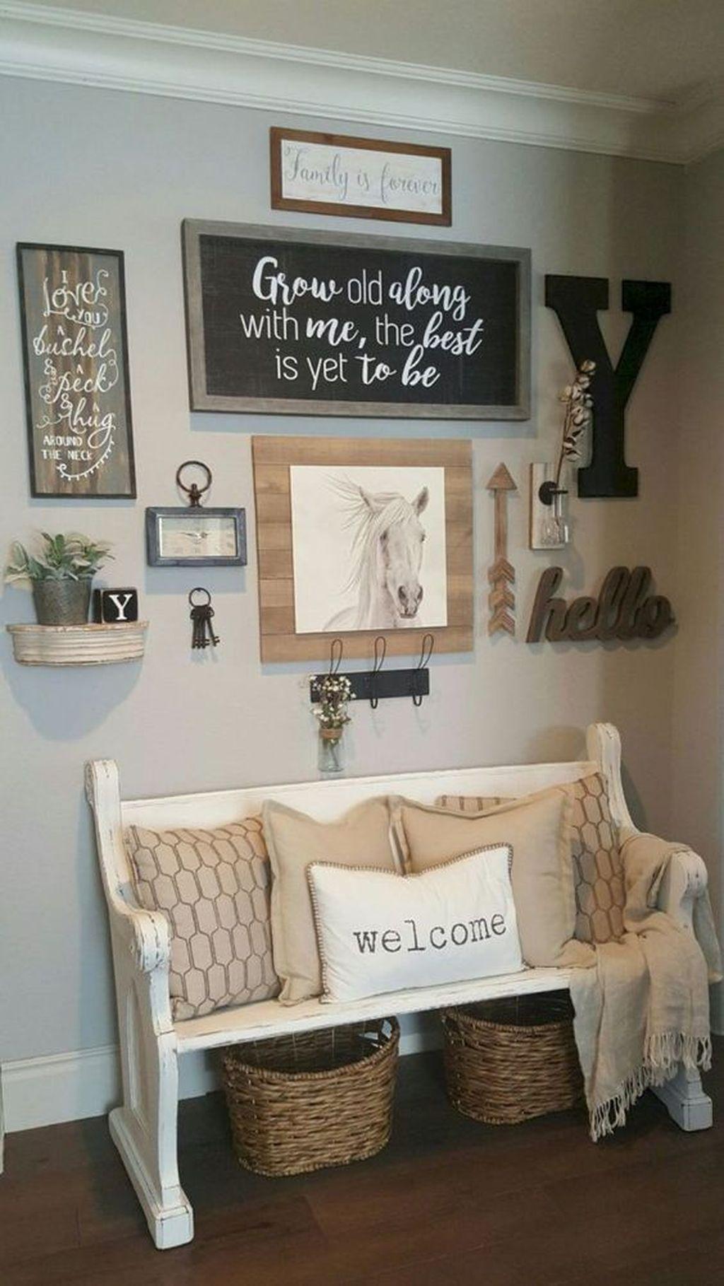Fine 28 popular farmhouse wall decor ideas