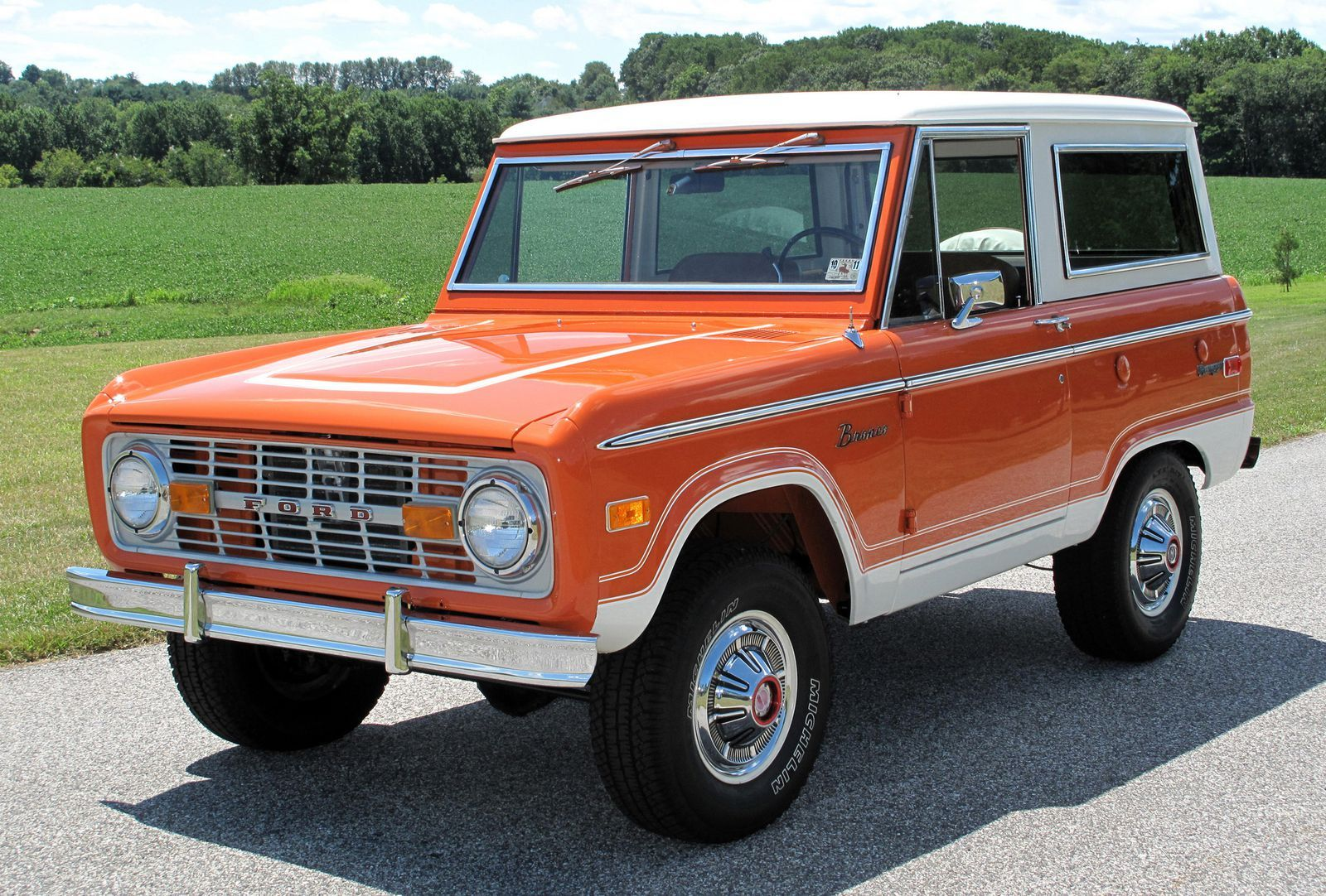 10 Retro Cars Suddenly Skyrocketing In Value Ford Bronco Ford