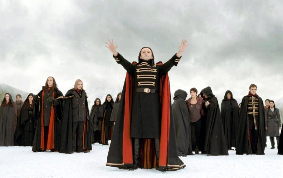 Volturi leader Aro arrives to destroy Edward and Bella's ...