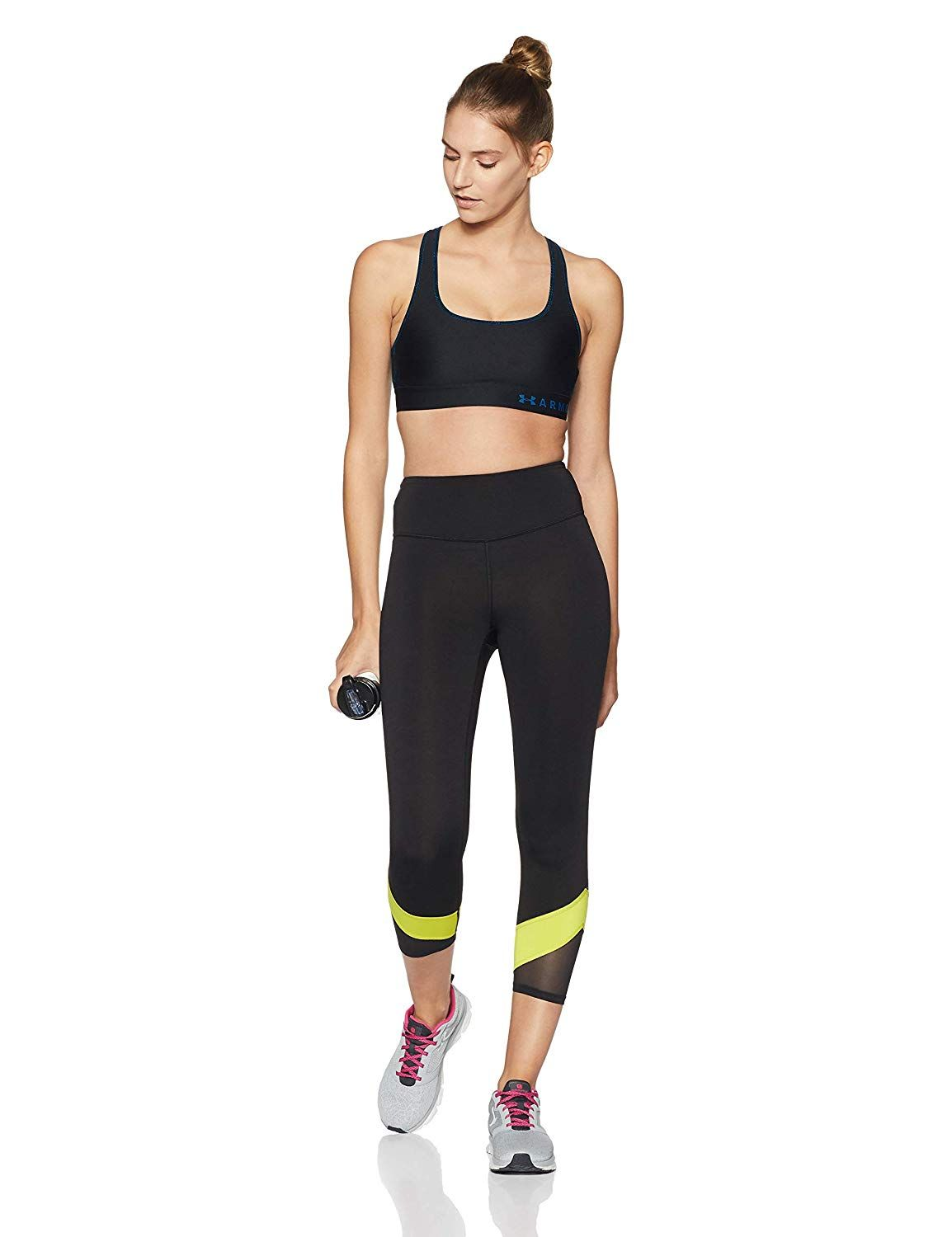 60ad421127f5b Amazon.com  Under Armour Women s Armour Mid Crossback Print Sports Bra   Sports   Outdoors