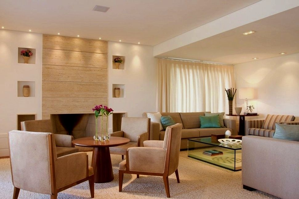 Simple living room decor and design tips Are you re-decorating your