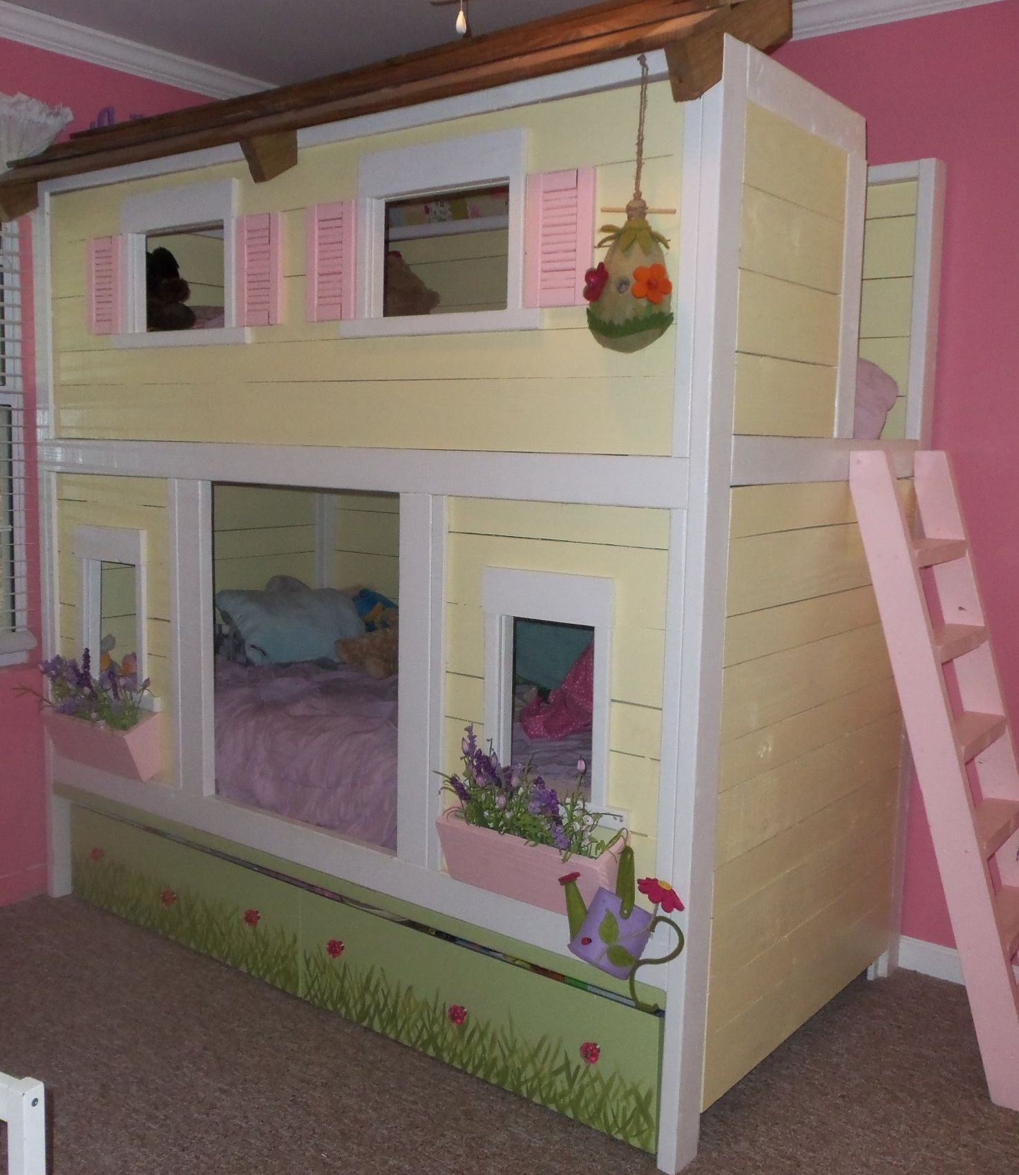 House Bunk Bed Cody Has Already Enclosed Allies Bunk Bed And Turned The Top Into