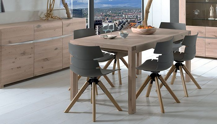 Table Bowden Table En Chene Amenagement Salle A Manger Table Chene Massif