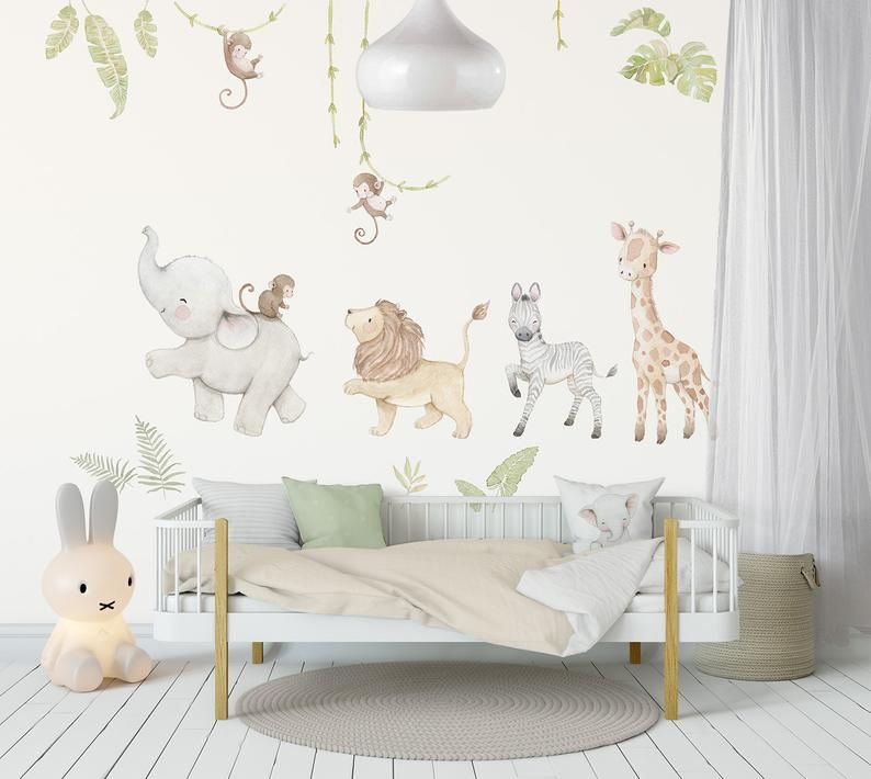 Pin By Yana Ilieva On Little Girl Rooms In 2020 Baby Room Wall