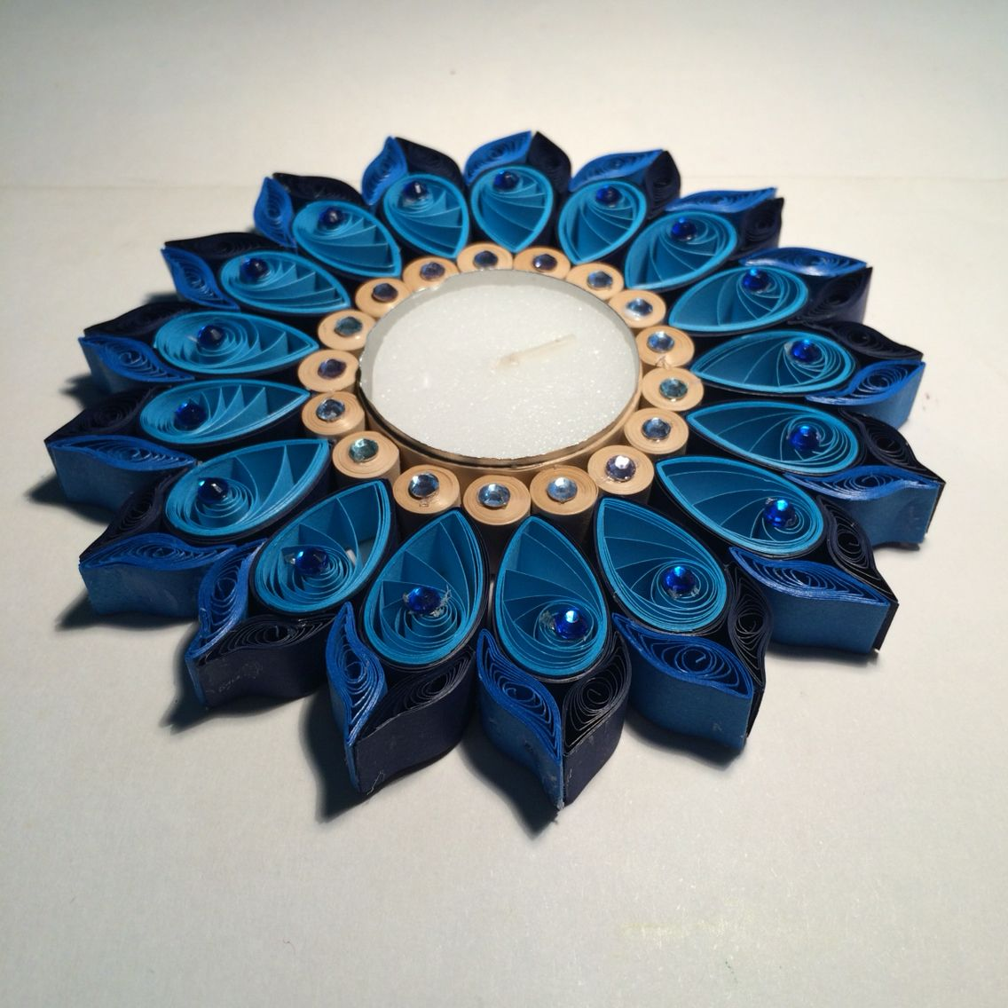 Quilled embellished candle | Amazing Quilling Candle ... - photo#46