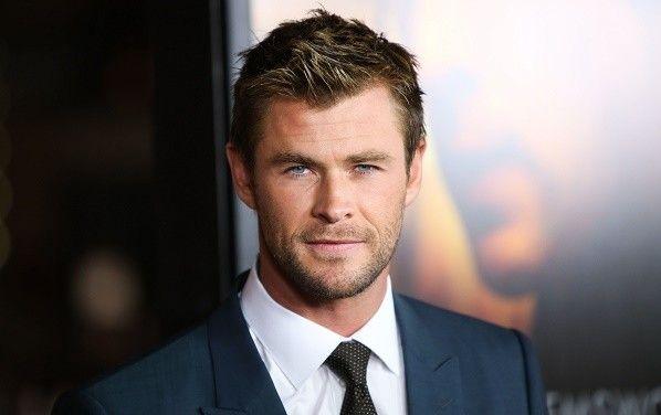 Chris Hemsworth Net Worth Salary House Car Wife Family Chris Hemsworth Hemsworth Chris Evans