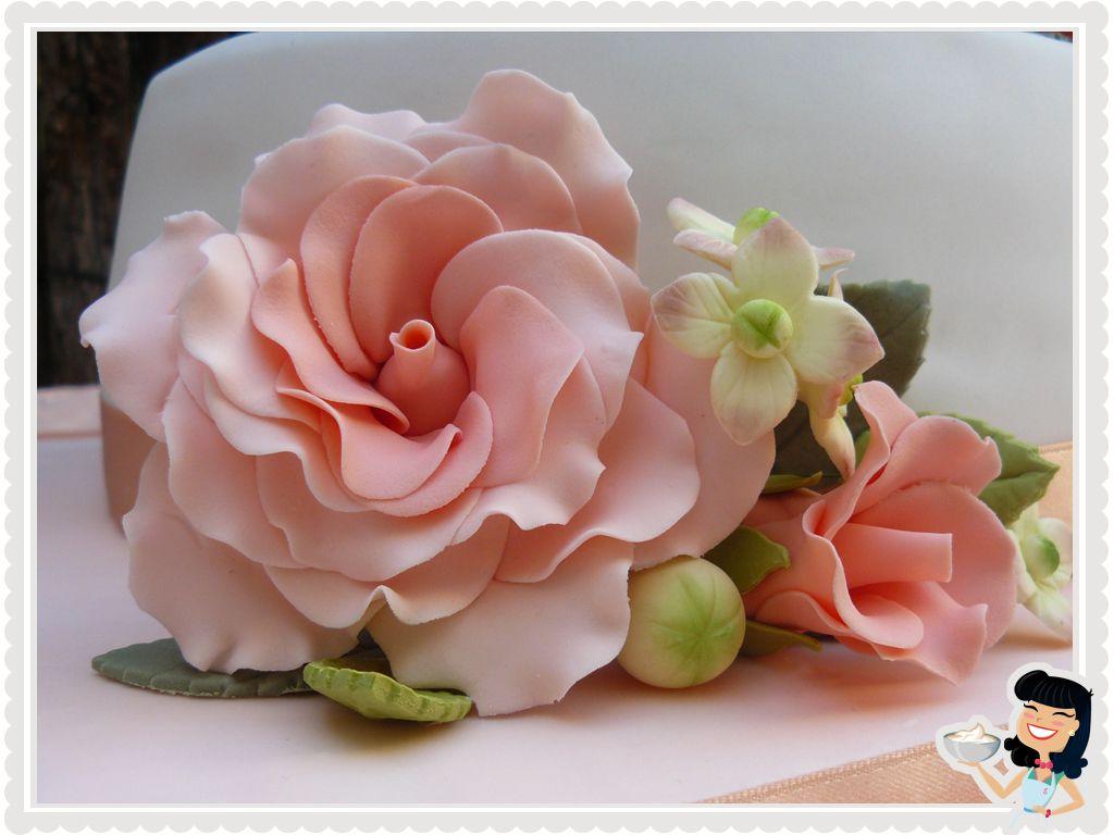 Bouquet in shades of peach. www.sweetmama.es