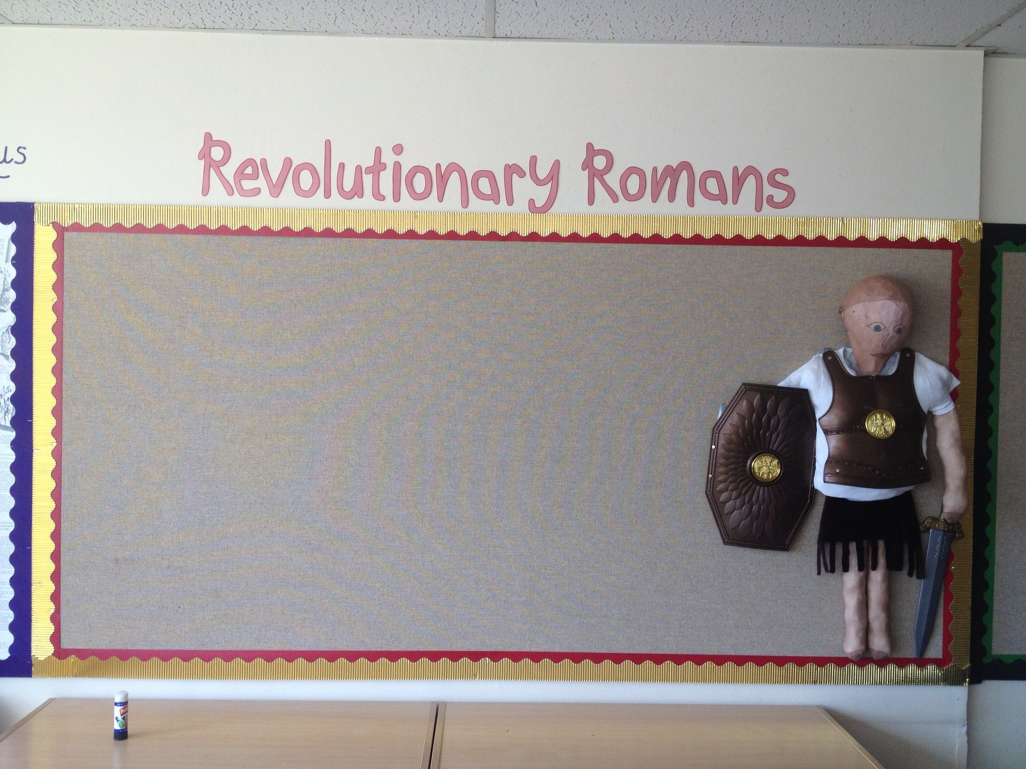 Revolutionary Romans Display With 3d Roman