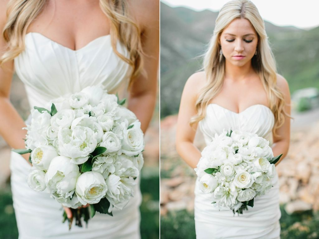classic peony ranunculus garden rose hydrangea wedding bouquet flowers utah calie rose lora grady photography www