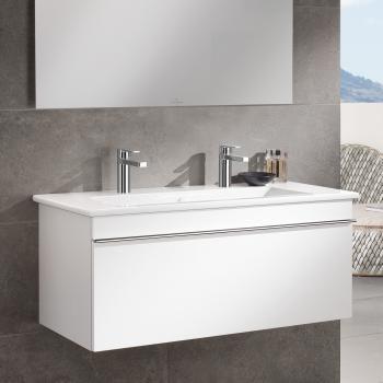Villeroy U0026 Boch Venticello: Der Moderne Waschtischunterschrank Verfügt über  Einen Auszug Mit SoftClosing Und Ist Auch Für Kleine Bäder Geeignet.