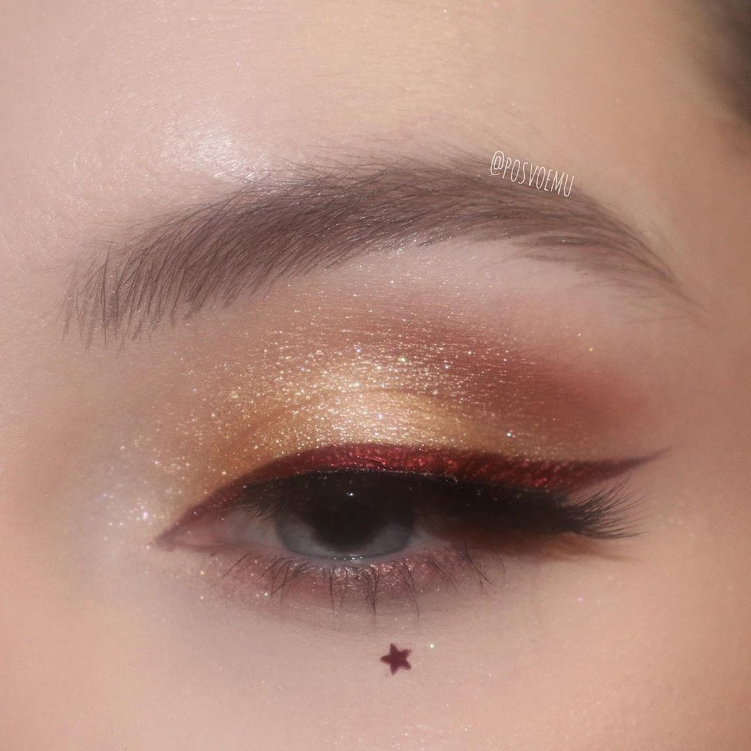 """Photo of Mila Bulatova on Instagram: """"Gold and Burgundy close-up of yesterday's look …"""