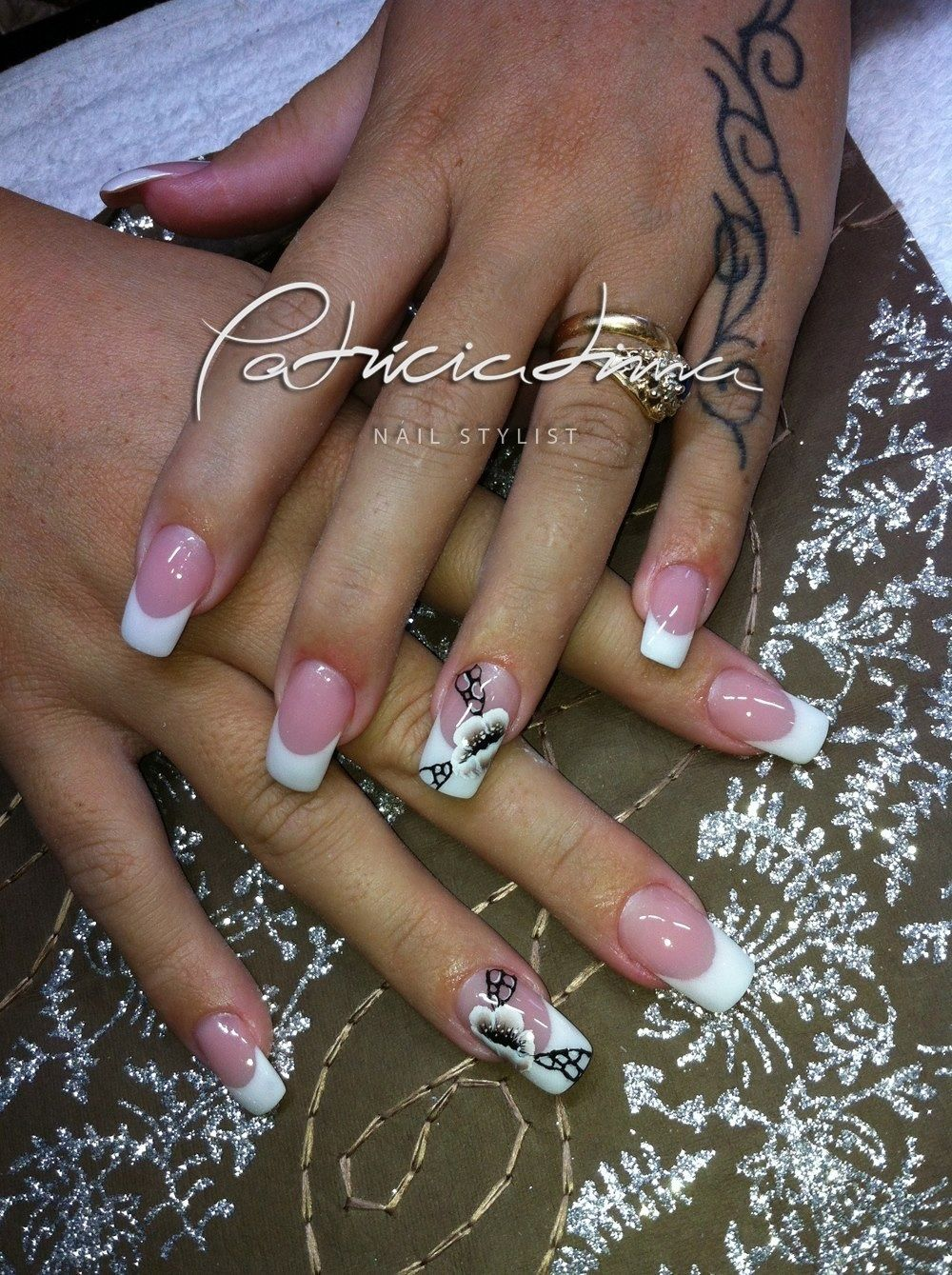 French Manicure - http://nailart-gallery.com/2013/11/french-manicure ...