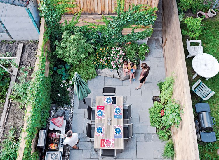 Chong left enough space in the 16-foot-wide backyard for a garden ...