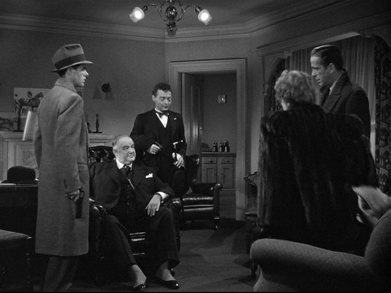 The Maltese Falcon 1941 Film Noir Humphrey Bogart John Huston Peter Lorre Sydney Greenstreet 1941 Film Maltese Falcon Movie Film Noir