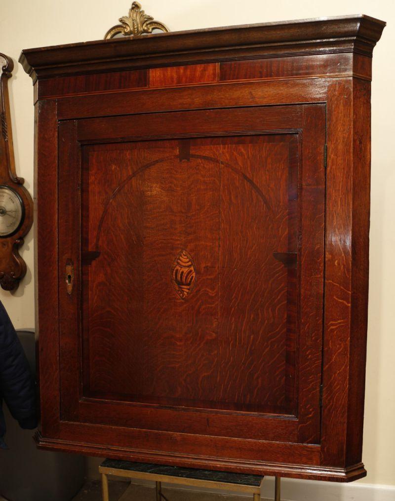 Pin von Antike Möbel auf Antike Schränke Schrank