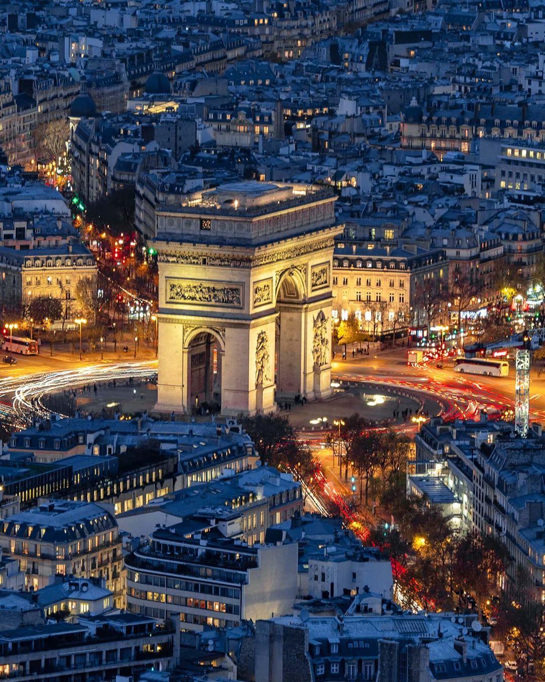 Plus Belle Avenue Du Monde : belle, avenue, monde, Piace