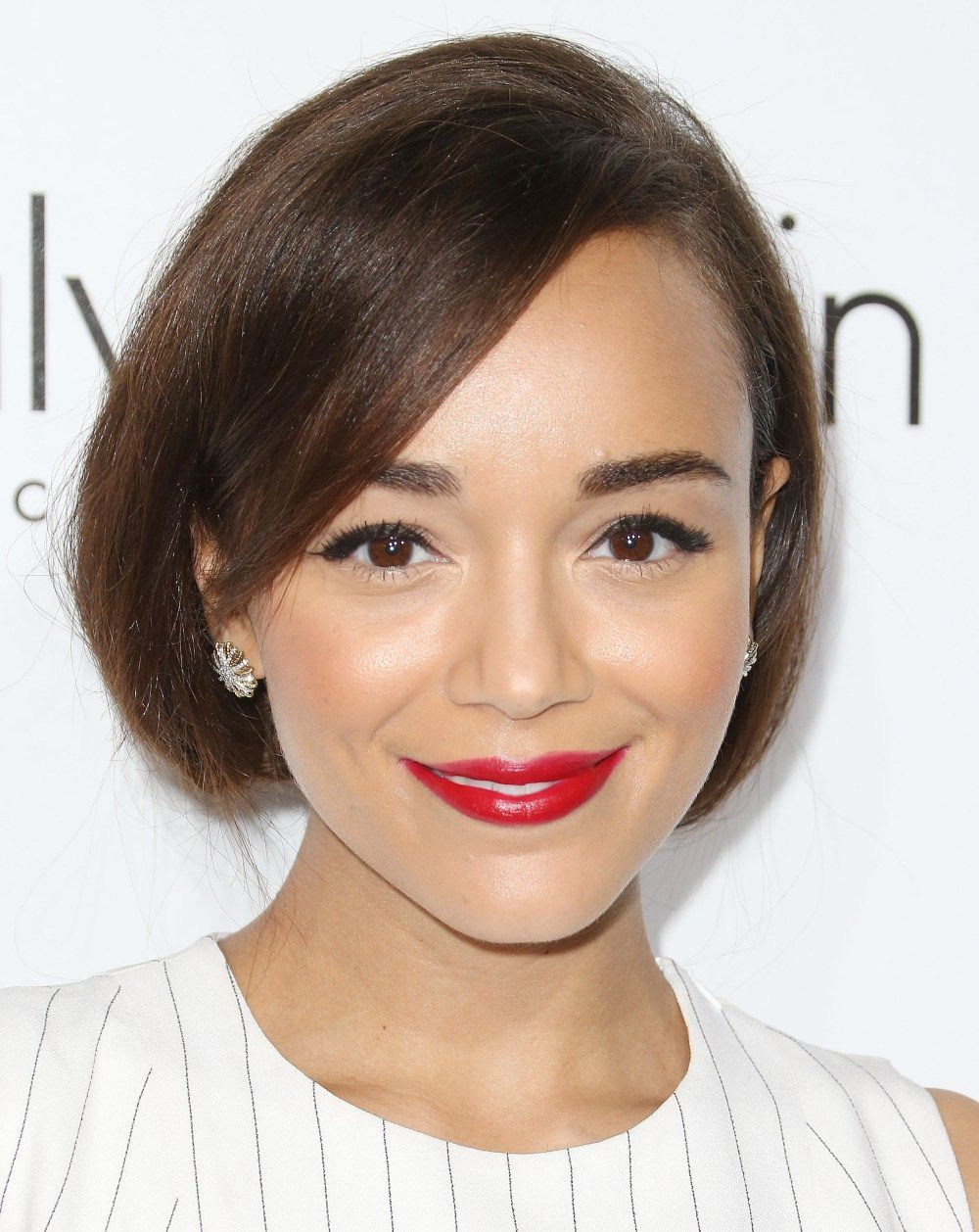 Get ashley madekweus red lip and cat eye from elleus women in