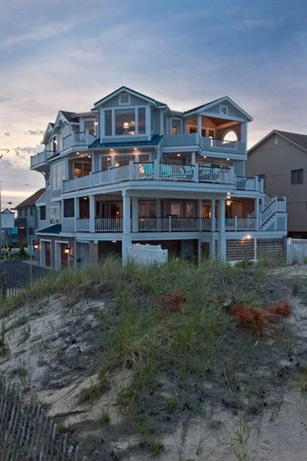 30 Charming Dream Home Ideas That Insanely Cool Home Remodel 27 37 In 2020 Beach House Interior Beach House Interior Design Dream Beach Houses