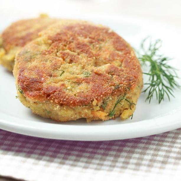 Aquí tienes 3 recetas de hamburguesas vegetales fáciles y originales que te sorprenderán por su textura y sabor.