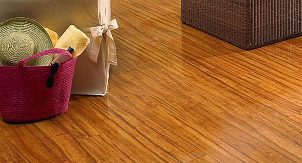 Bright Wood Laminate Floor For Living Room By Diamond Bay Hawaiian Koa From Mannington Residential With Images Laminate Flooring In Kitchen