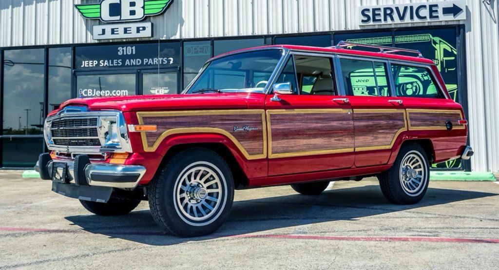 1989 Jeep Grand Wagoneer Woody Looks All Original But Hides 707 Hp Hellcat V8 Carscoops In 2020 Jeep Grand Jeep Hellcat