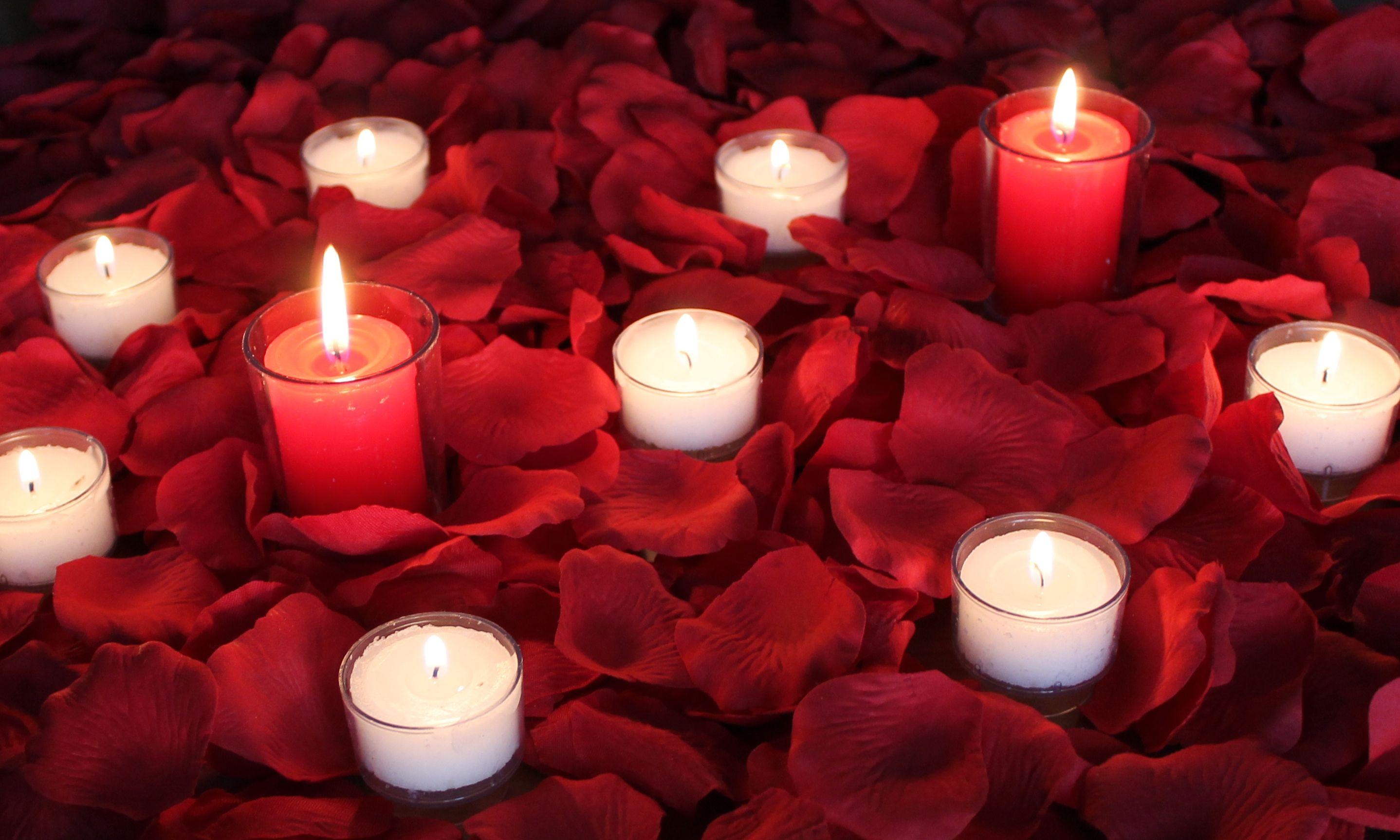 Romance Package Of Silk Rose Petals Silk Rose Petals