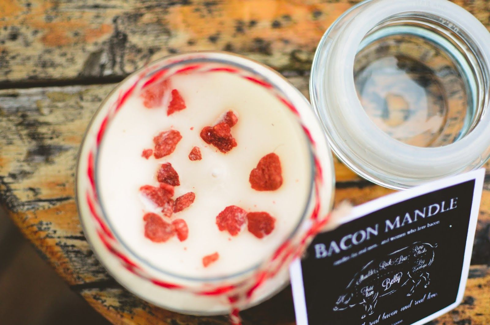 How to make a homemade bacon candle. Lol @k . Capps @Olivia García McIntosh @Maria Henderson W