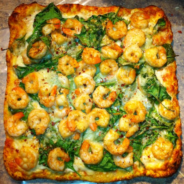 Grilled Shrimp, Spinach, Garlic & White Cheese Pizza