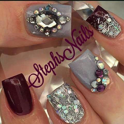 burgundy gray & silver nail