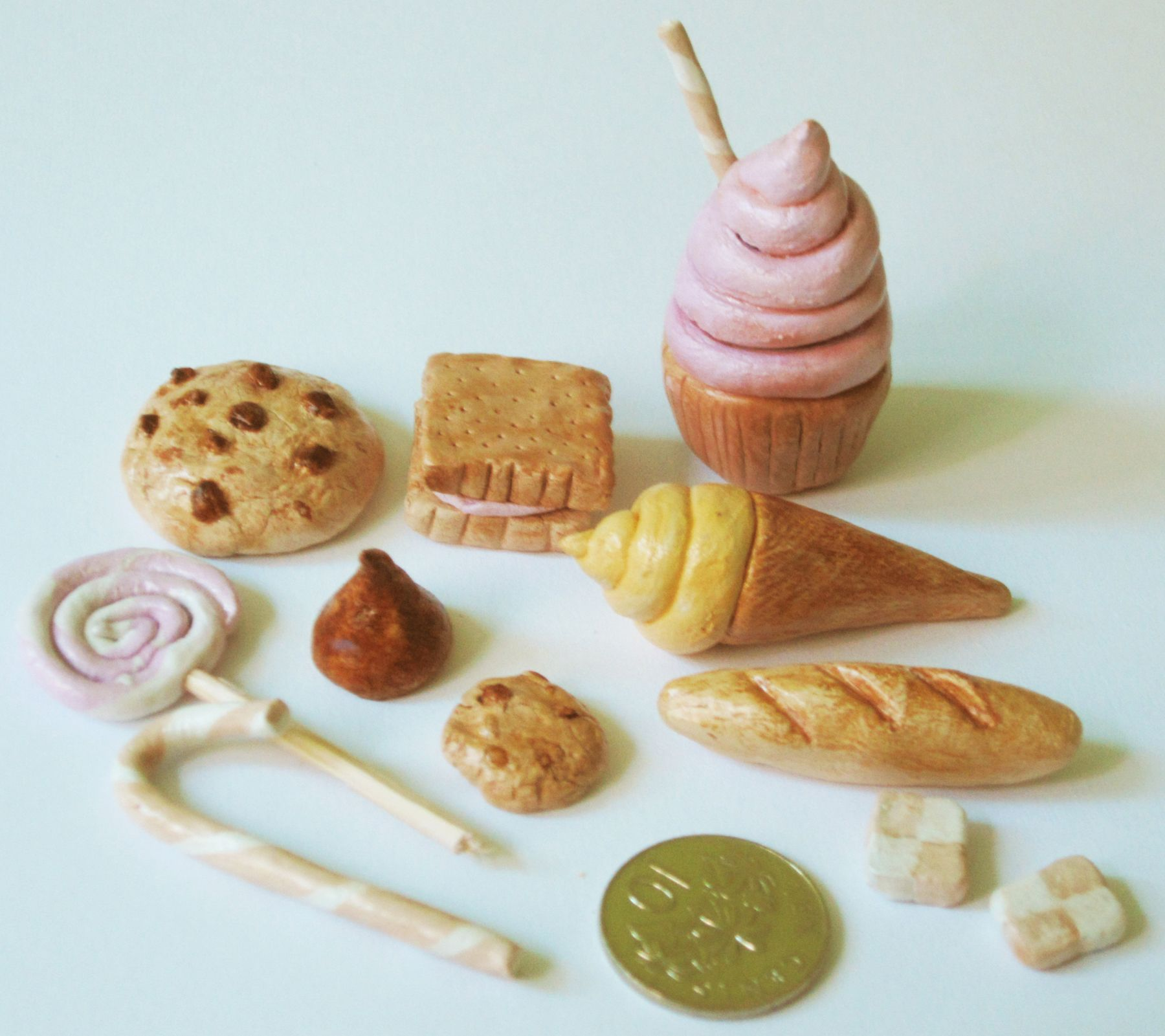 Mini clay food items done with Jovi modelling clay Food