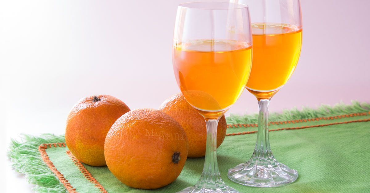 Liquore al mandarino o mandarinetto | Ricetta liquore facile | Liquore facile | Ricetta facile | Ricetta con mandarini | Liquore con mandarini