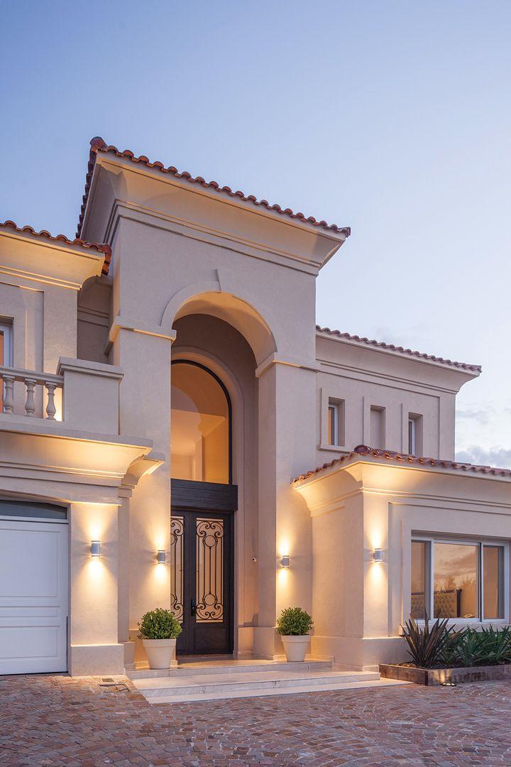 Apa arquitectura aberturas fachadas y casas for Casas clasicas fotos