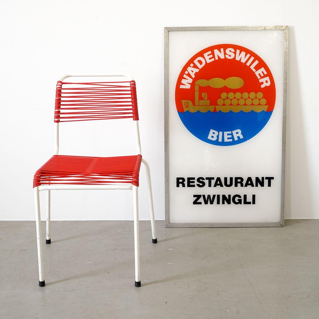 Die Stühle der\
