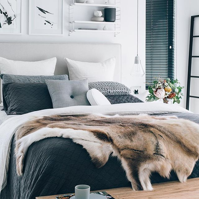 Our Favourite Bedroom The Amazing Home Of Tarina Oh Eight Oh Nine Featuring Our Light Gr Bedroom Design Trends Home Decor Bedroom Scandinavian Design Bedroom