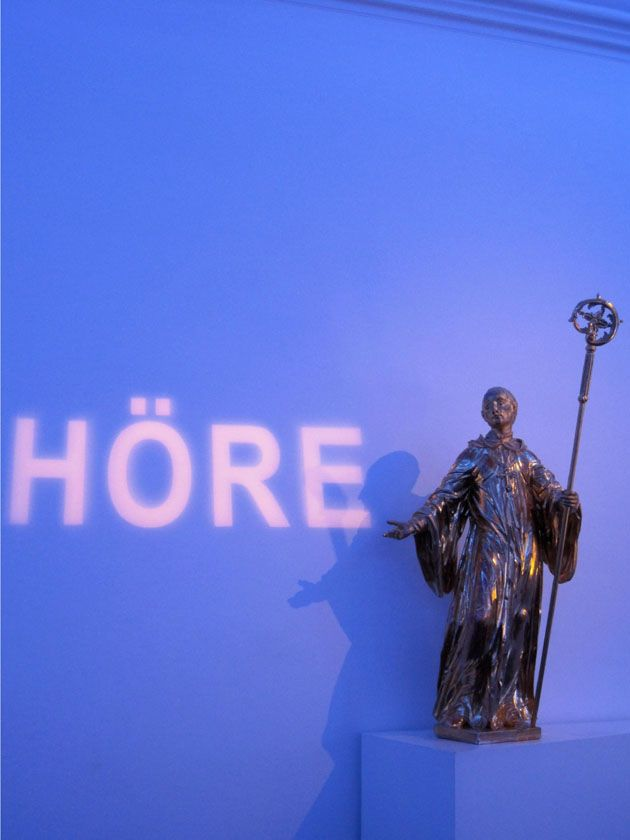 The german word hore is the first word of the rule of saint the german word hore is the first word of the rule of saint benedict and means listen it greets you upon entering the brilliant blue room m4hsunfo