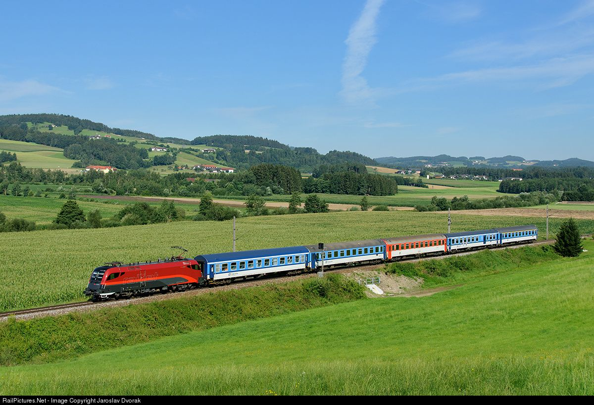 RailPictures.Net Photo: ÖBB 1116 156 1 Austria Federal Railways (ÖBB) ÖBB 1116 at Kefermarkt, Austria by Jaroslav Dvorak