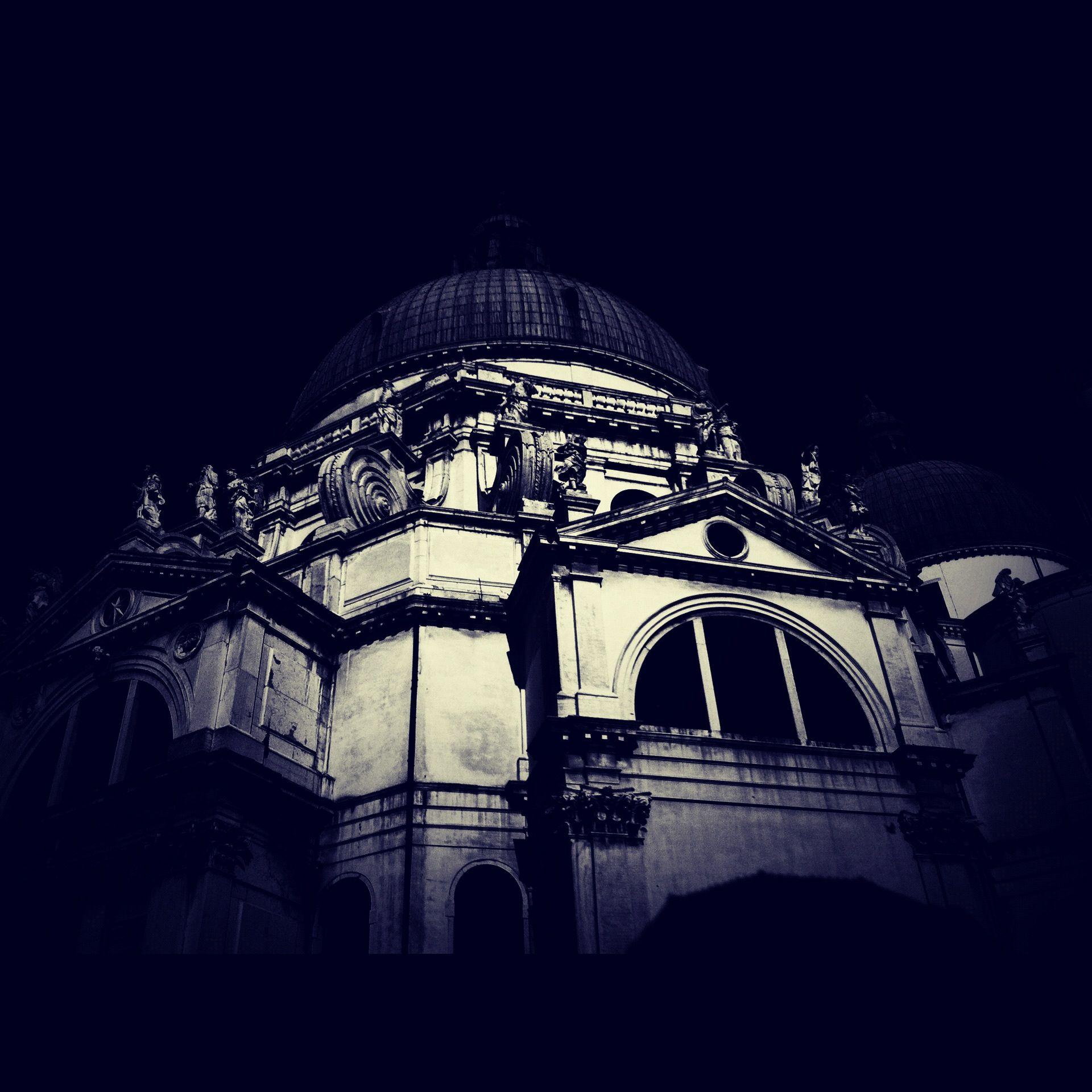 Atemporary Pic #Venezia #Basilica #Salute