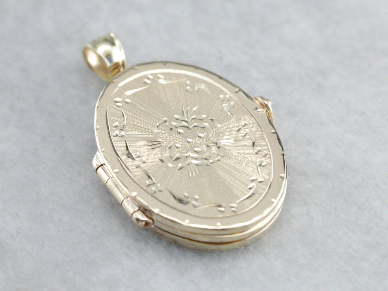 Vintage Etched Gold Locket Pendant