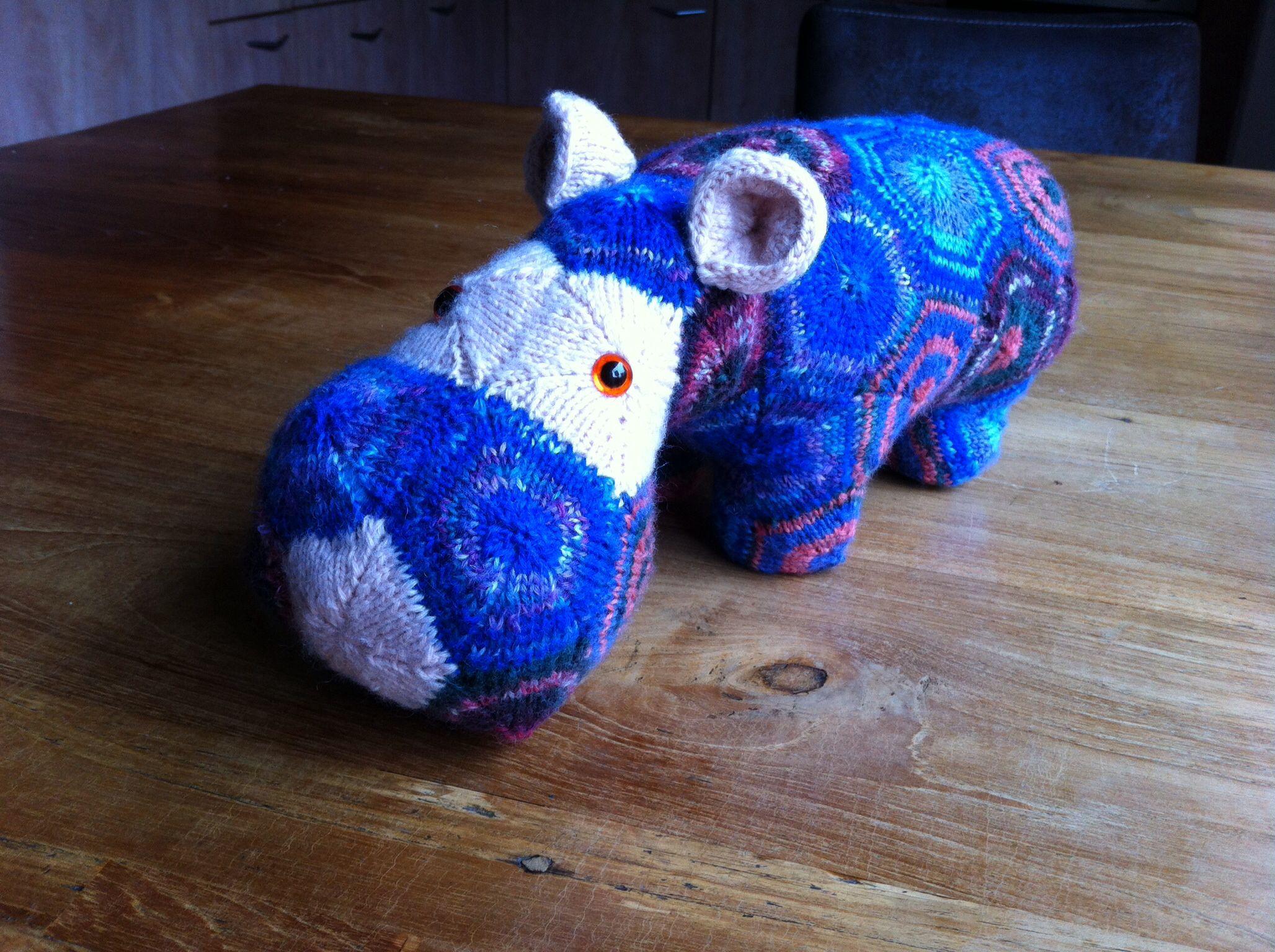 Mijn eigen nijlpaard, na een patroon van Heide Bears