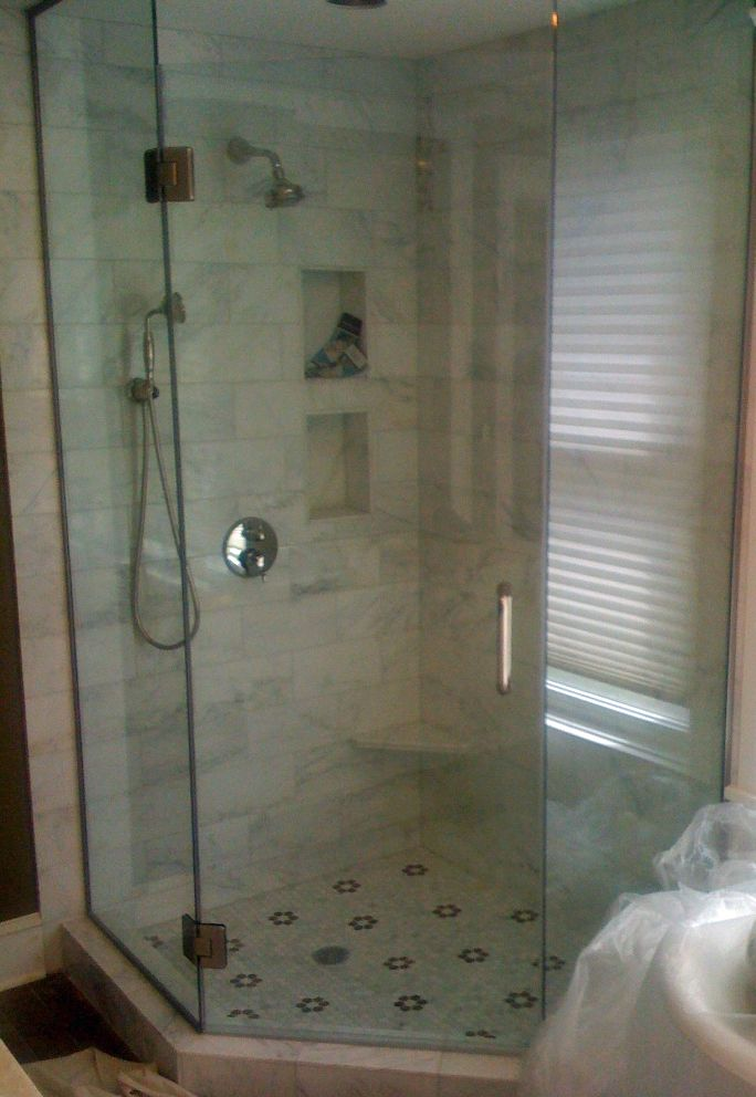 Contact Glassworks Supplying Chicagoland Neo Angle Glass Shower