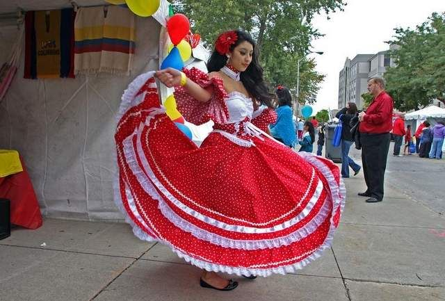 Colombian clothing