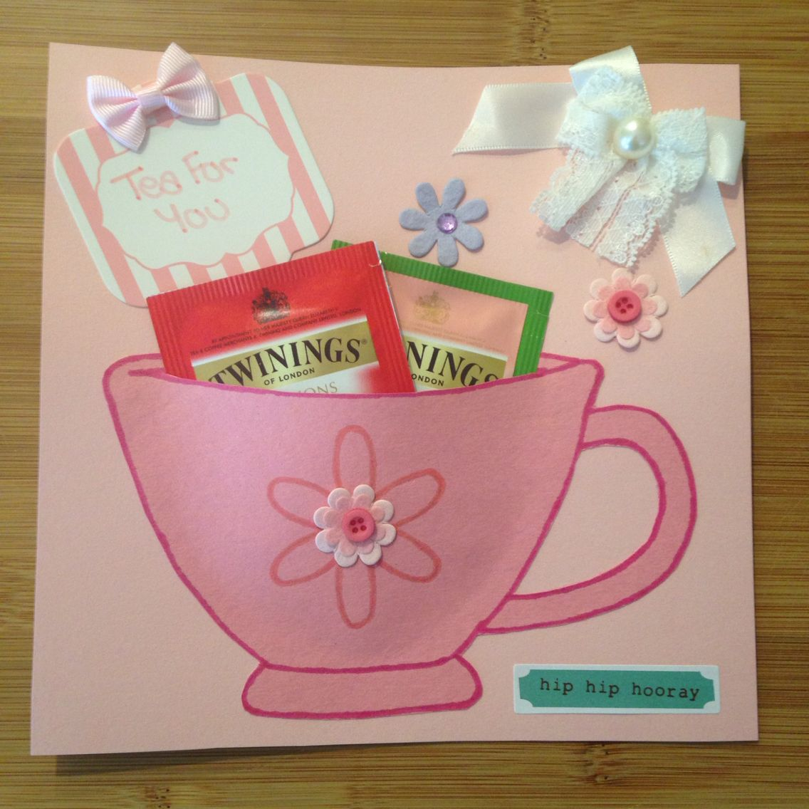 Cute way to send tea to a penpal #outgoing #snailmail #snailmailideas #penpal #penfriend #sendmoremail #loveletter   Follow me on insta @cegould