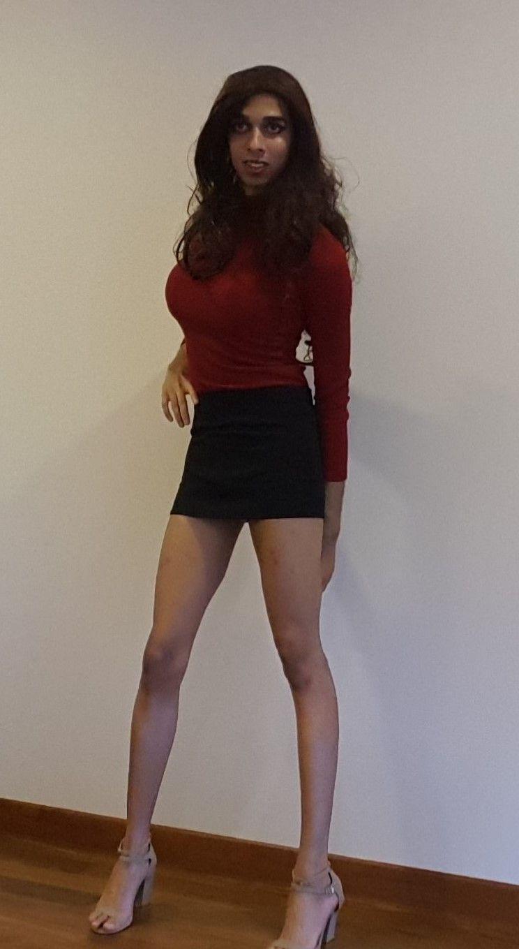 Boob drag dress heel james skirt