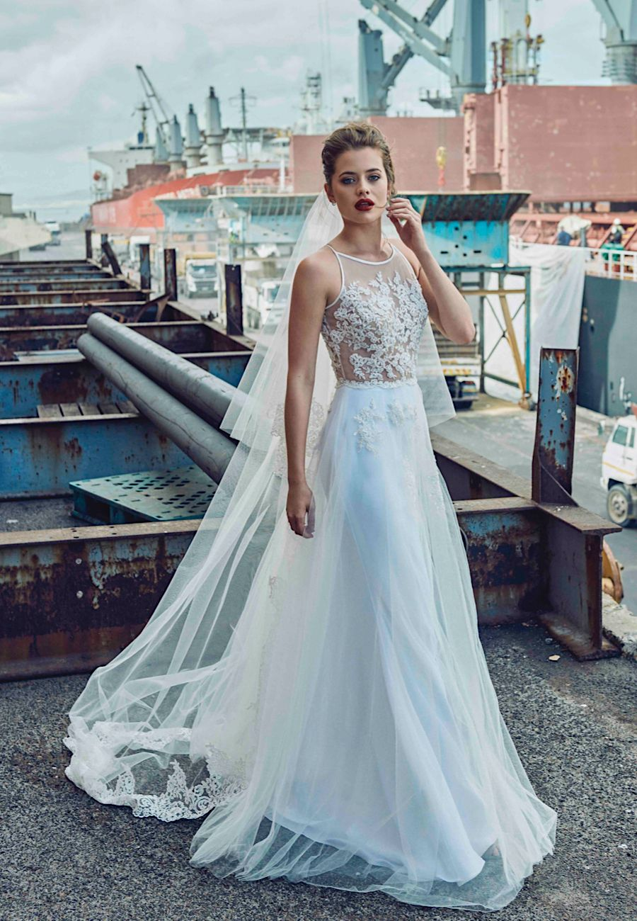 The beautiful 2018 Elbeth Gillis bridal collection | Flower ...