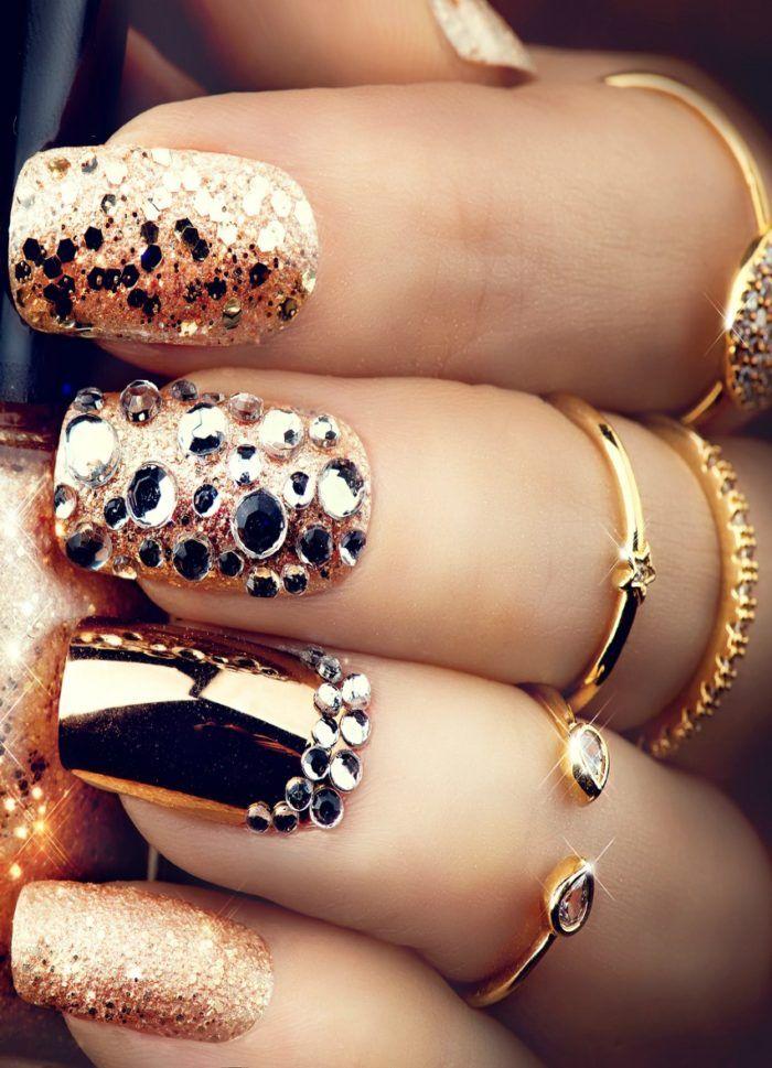 Golden Nail Art Manicure Gelnagels