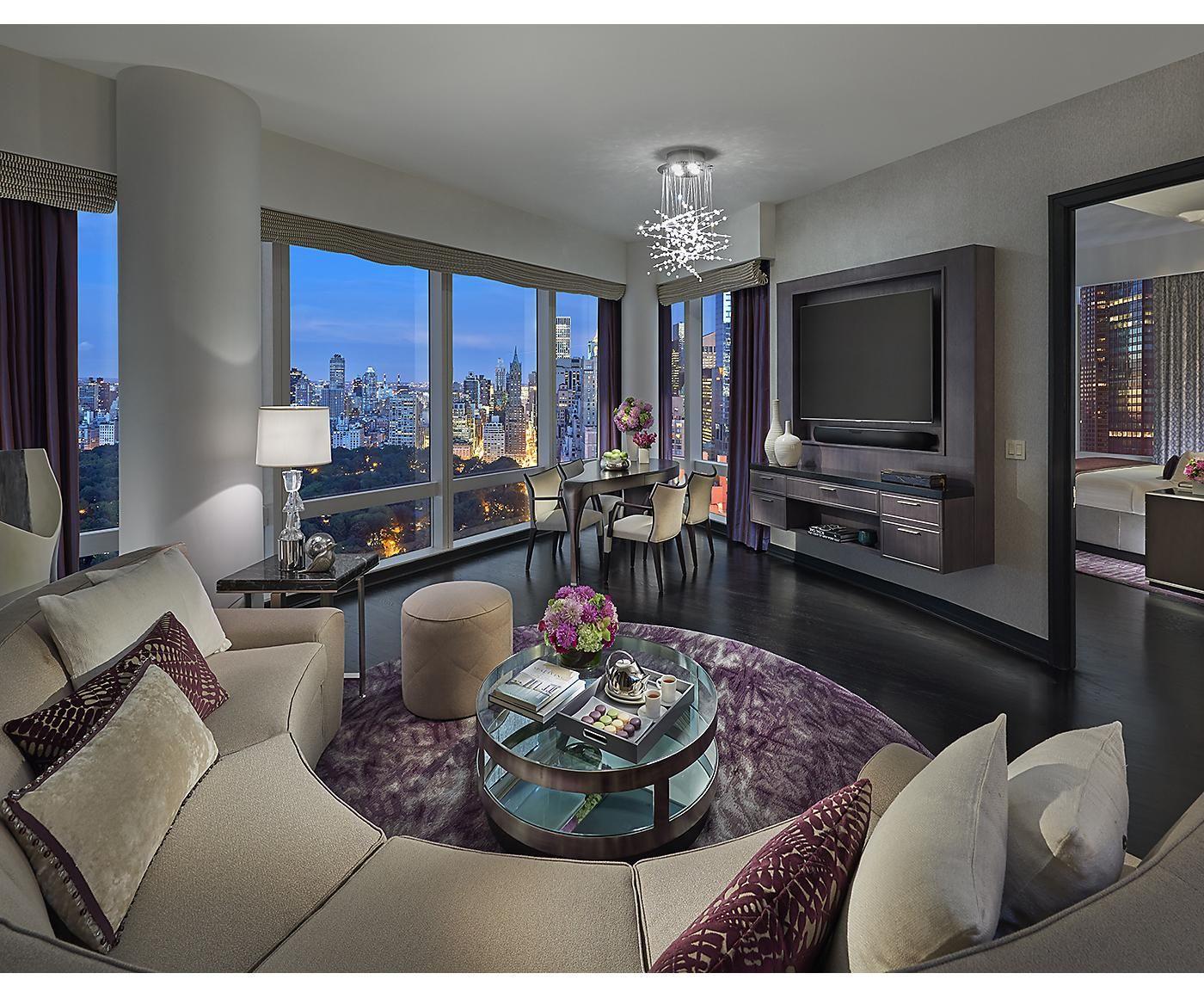 Luxury 5 Star Hotel Manhattan Mandarin Oriental, New
