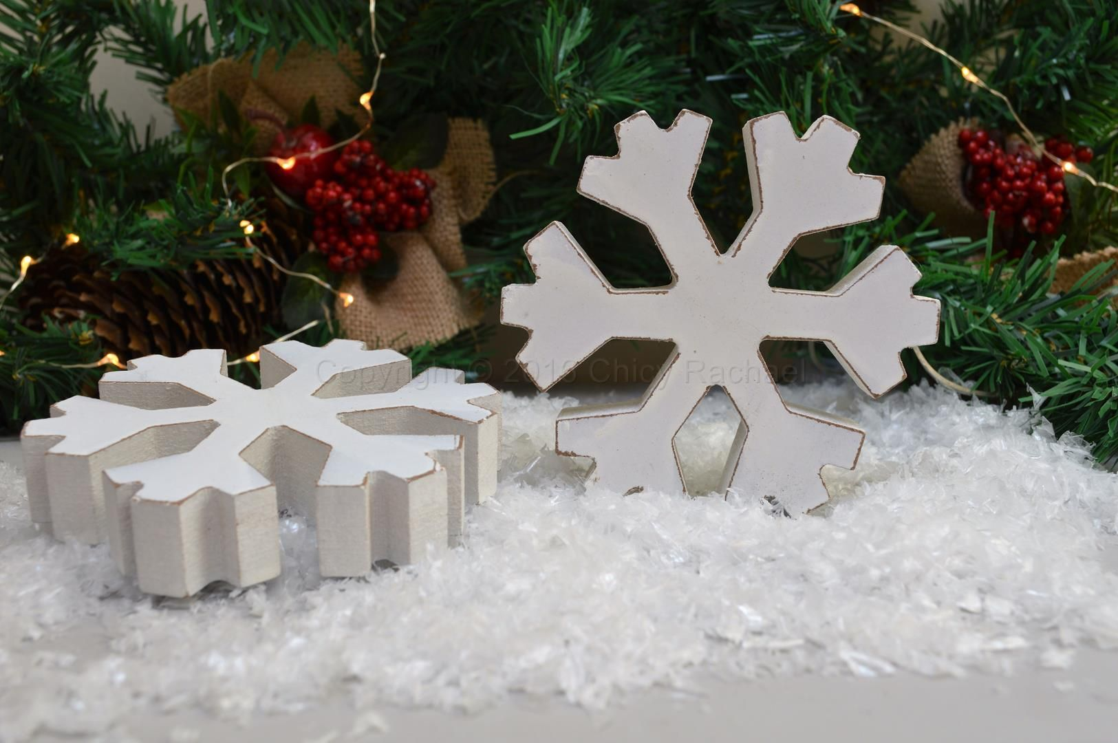 Pack of 3 Paper White Snowflakes Hanging Decoration Christmas Xmas Shabby Chic
